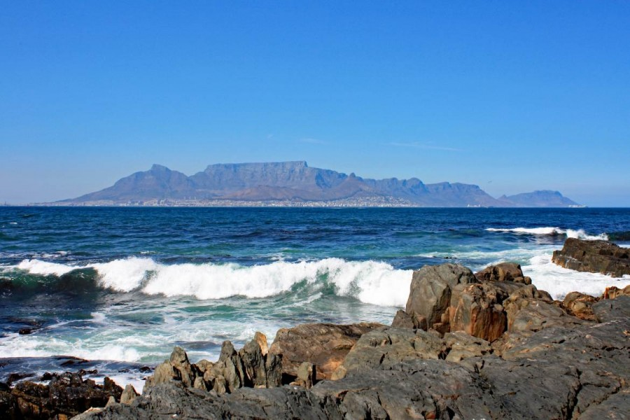 Südafrika | Blick auf Kapstadt und den Tafelberg von Robben Island