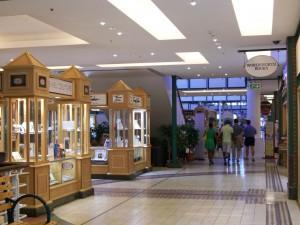 Südafrika | Kapstadt, Shopping in der V&A Waterfront. Das Victoria Wharf Shopping Center von Innen