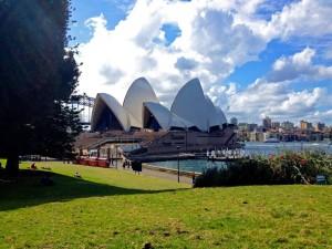 Australien | Sydney, Blick auf die Oper vom Botanischen Garten in einem der schönsten Stadtteile