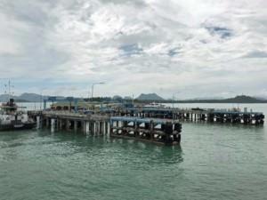 Thailand | Koh Phangan, Donsak Pier, einer der Anlegeplätze für Fähren auf der Insel