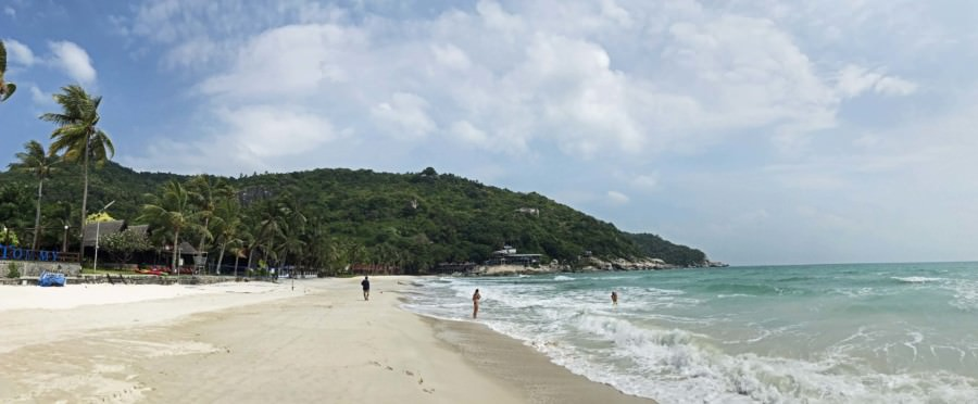 Thailand |Koh Phangan, Haad Rin Nok, ohne Fullmoon-Party ist der Strand wunderschön, am Tag nach der Party kann das anders aussehen