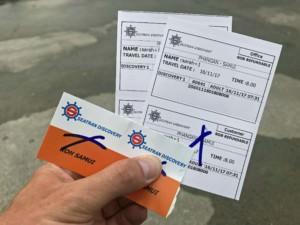 Thailand |Tickets für die Fähre von Koh Phangan nach Koh Samui. Blick auf zwei Tickets von Seatran Discovery