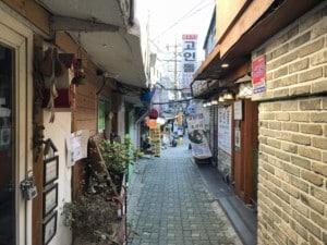 Typische Gasse im Stadtteil Insadong