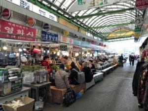 Südkorea | Seoul, Stände im Gwangjang Market