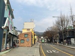 Südkorea | Seoul, Blick auf die Straße Samcheongdong in der Nähe des Hanok Village