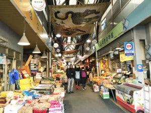 Südkorea | Seoul, Marktstände im Inneren des Tongin Markt und Henning