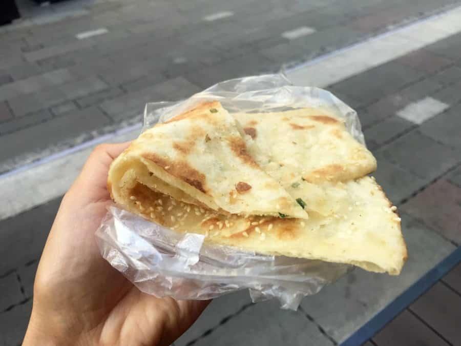Street Food Essen: Jidan Guanbing, Jianbing oder Chineischer Eierkuchen