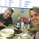 Essen in China. Typische Gerichte in einem kleinen authentischen Restaurant