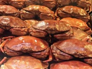 Krebse gibt es sowohl als Street Food Essen als auch in edlen Gerichten
