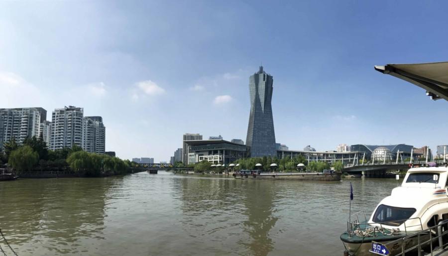 Panorama auf dem Kaiserkanal oder Grand Canal in Hangzhou