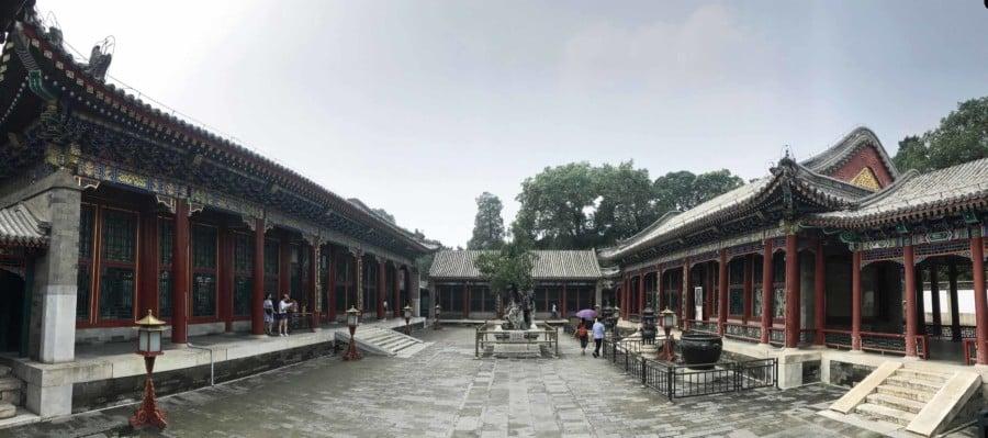 Panorama eines Tempels im Neuen Sommerpalast