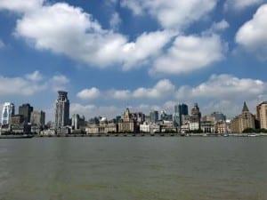 Shanghai Aussichtspunkte: Die Kolonialbauten des Bund aus Sicht von Pudong