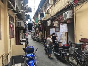 Typische Gasse in Shanghai