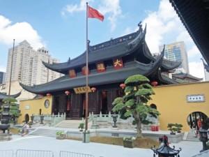 Der Besuch des Jade Buddha Tempel ist sehr lohnenswert