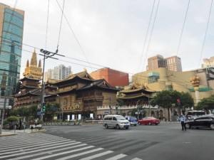 Jing'an Tempel im Stadtteil French Concession in Shanghai