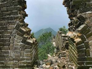 Chinesische MauerPeking: Der nicht restaurierte Teilabschnitt Jiankou