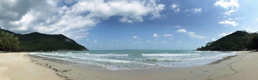 Panorama des Haad Khuat, Bottle Beach von der Mitte aus