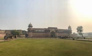 Beeindruckend und auf jeden Fall ein Muss in Agra: das Rote Fort