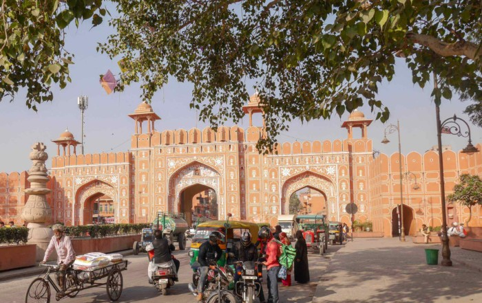Sehenswürdigkeiten & Tipps zur rosaroten Stadt Jaipur, Stadttor zur Altstadt