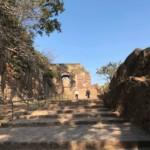Der Aufstieg zum Ranthambore Fort über die steinernen Stufen dauert ca. 10 Minuten