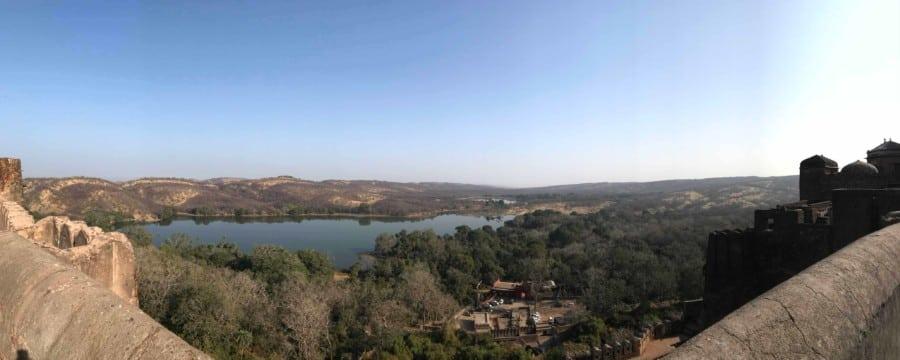 Vom Fort hat man einen wunderschönen Ausblick auf den Ranthambore Nationalpark.