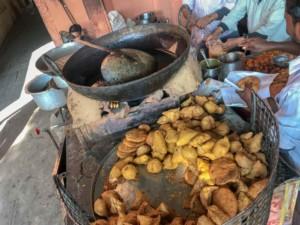 Verschiedene Samosa: unser Tipp mit Aloo, Kartoffelfüllung