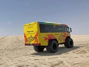 Im Monster Bus durch die Wüste von Katar