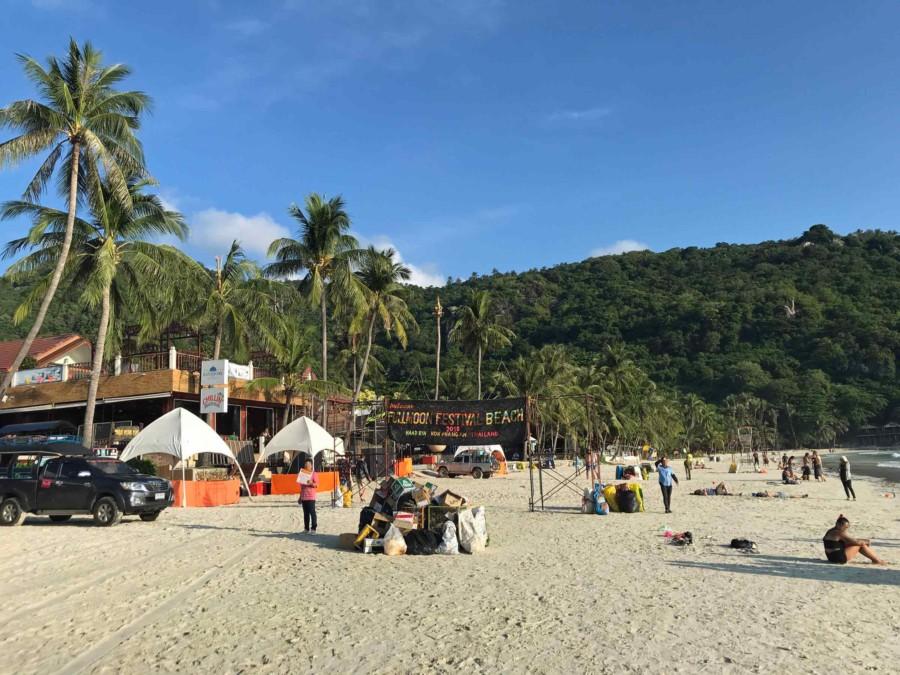 Haad Rin Fullmoon Party Beach: Die Reste des Festivals auf Koh-Phangan