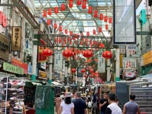 Stadtteil in Kuala Lumpur: Chinatown, hier die Straße Jalan Petaling