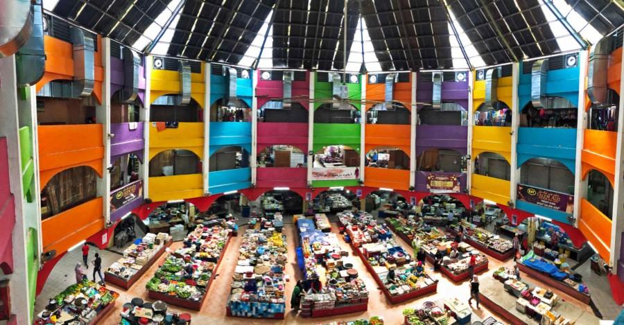 Sehenswürdigkeiten & tipps in Kota Bharu: Ein Blick vom 2. Stock im Markt Pasar Besar Siti Khadijah lohnt sich