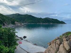 Schnorcheln in der Aow Leuk Bay an der Ostküste des Sai Daeng Resort ist ein Highlight und einer unserer Tipps