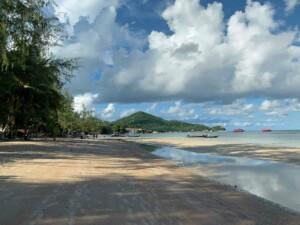 Sairee Beach mit Blick Richtung Mae Haad, der längste Strand der Insel