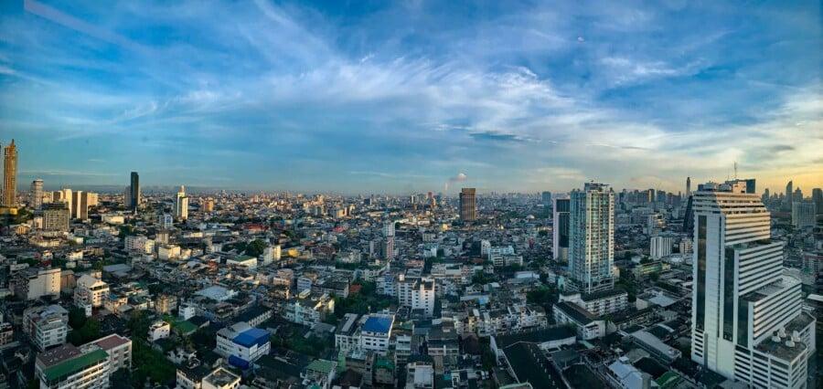 Tipps, Highlights, interessante Orte & Sehenswürdigkeiten: Panorama der Skyline von Bangkok